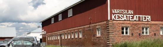 kesäteatteri rakennus